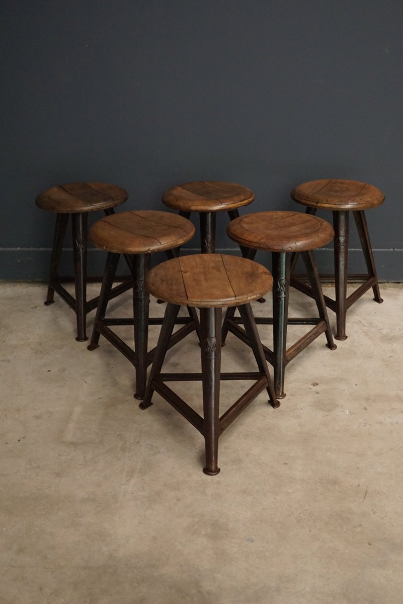 Metallmöbel vintage  Vintage German Wood and Metal Stool from Rowac for sale at Pamono
