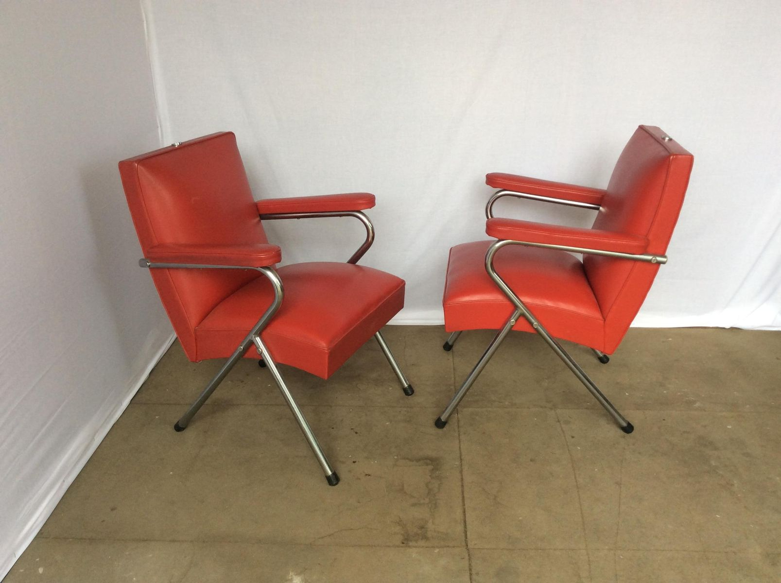 Chrome and Red Vinyl Salon Chairs 1960s Set of 2 for sale at Pamono