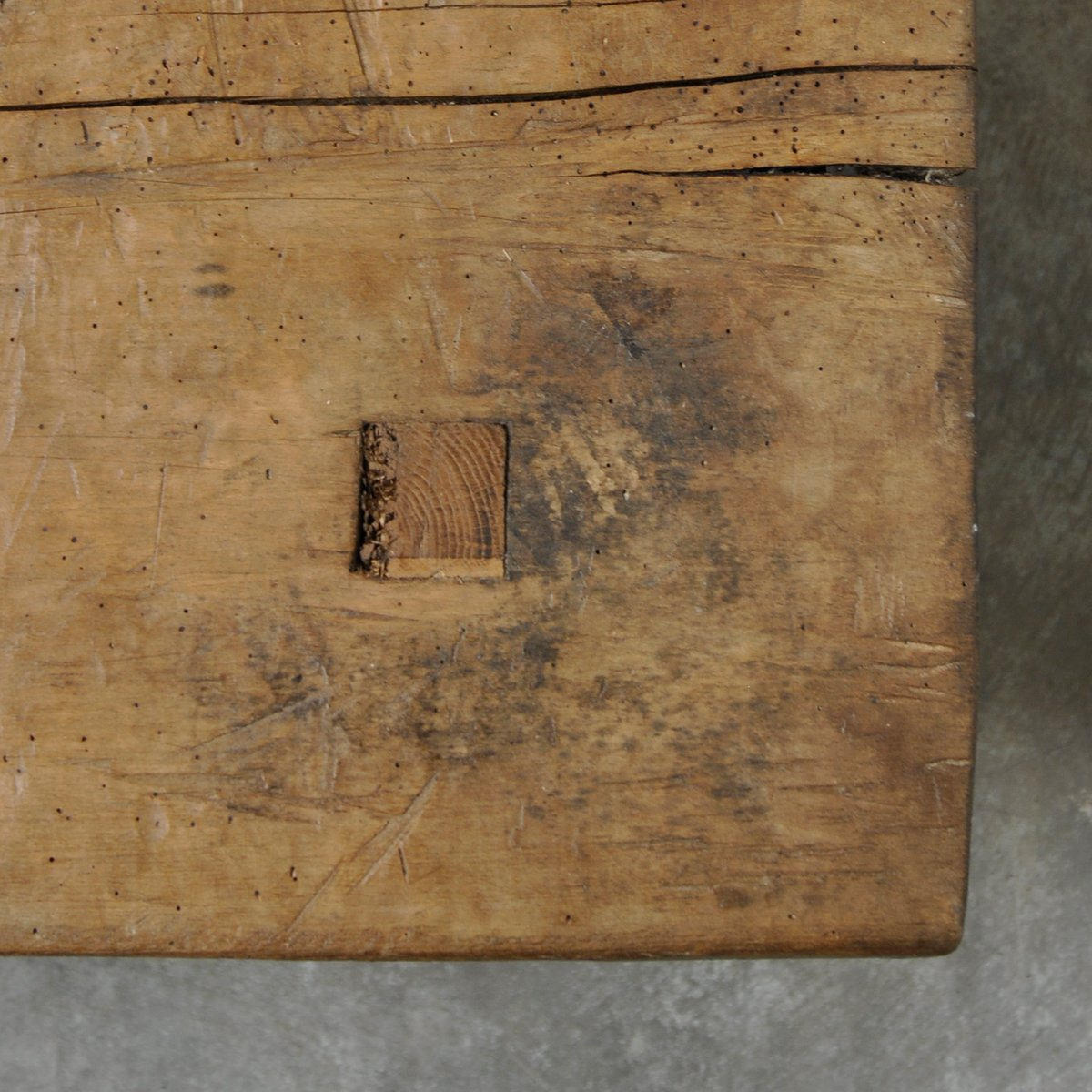 vintage hungarian oak butcher's block coffee table for sale at pamono