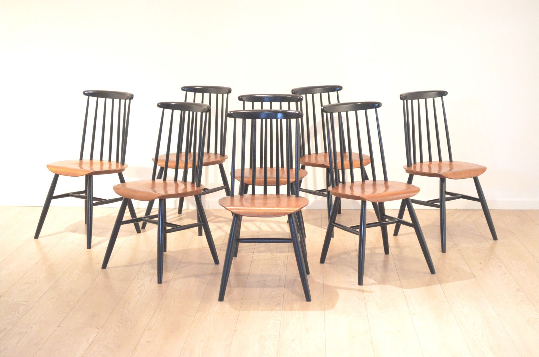 vintage fanett black teak dining chairs by ilmari tapiovaara set of 8 for sale at pamono. Black Bedroom Furniture Sets. Home Design Ideas
