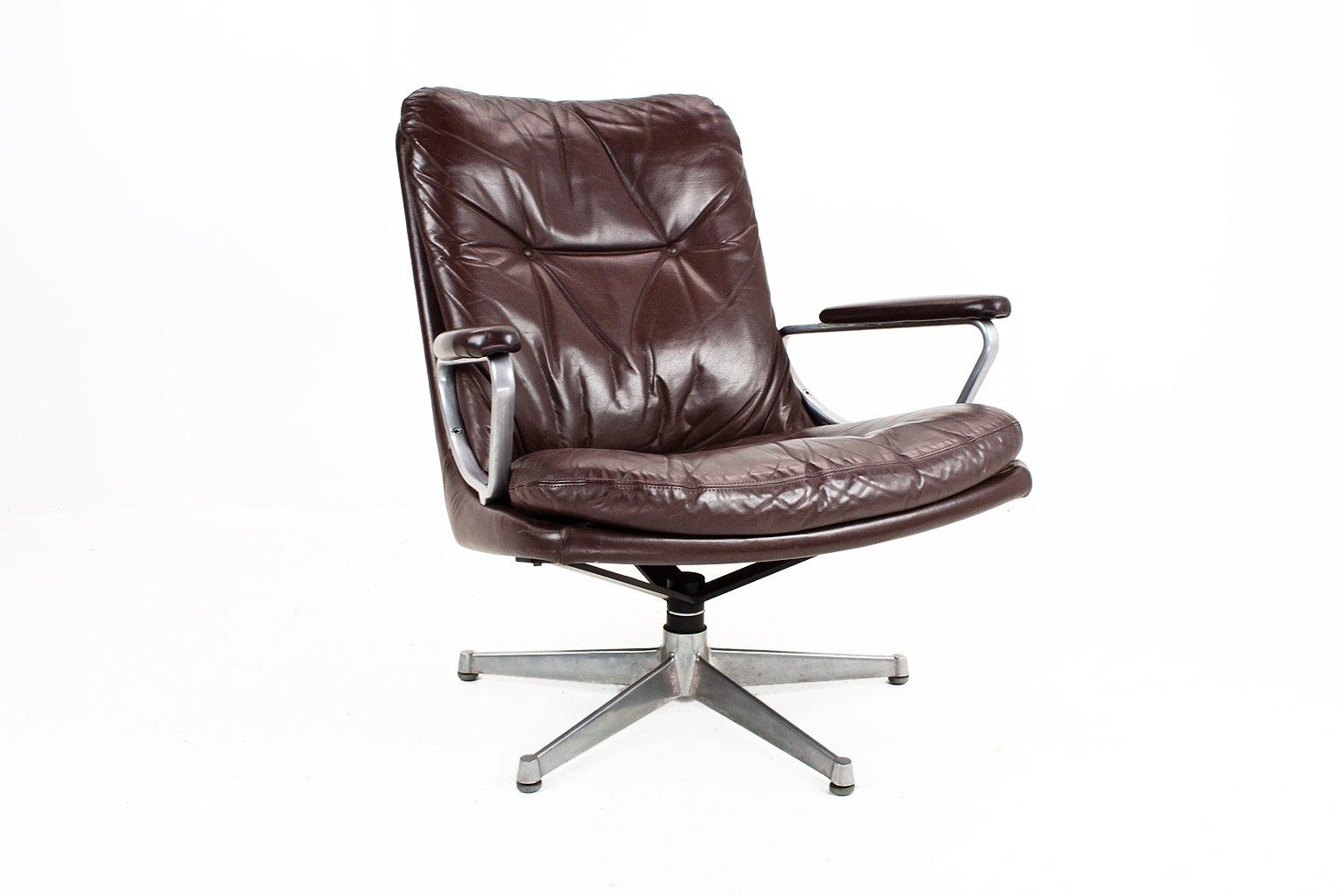 fauteuil pivotant gentilina vintage en cuir par andre vandenbeuck pour str ssle en vente sur pamono. Black Bedroom Furniture Sets. Home Design Ideas