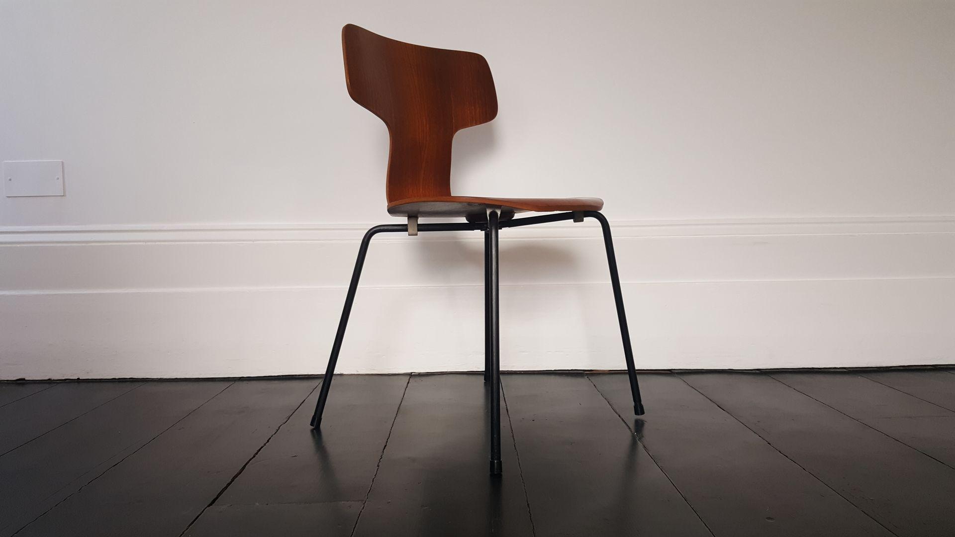 modell 3103 hammer teak stuhl von arne jacobsen f r fritz hansen 1960er bei pamono kaufen. Black Bedroom Furniture Sets. Home Design Ideas