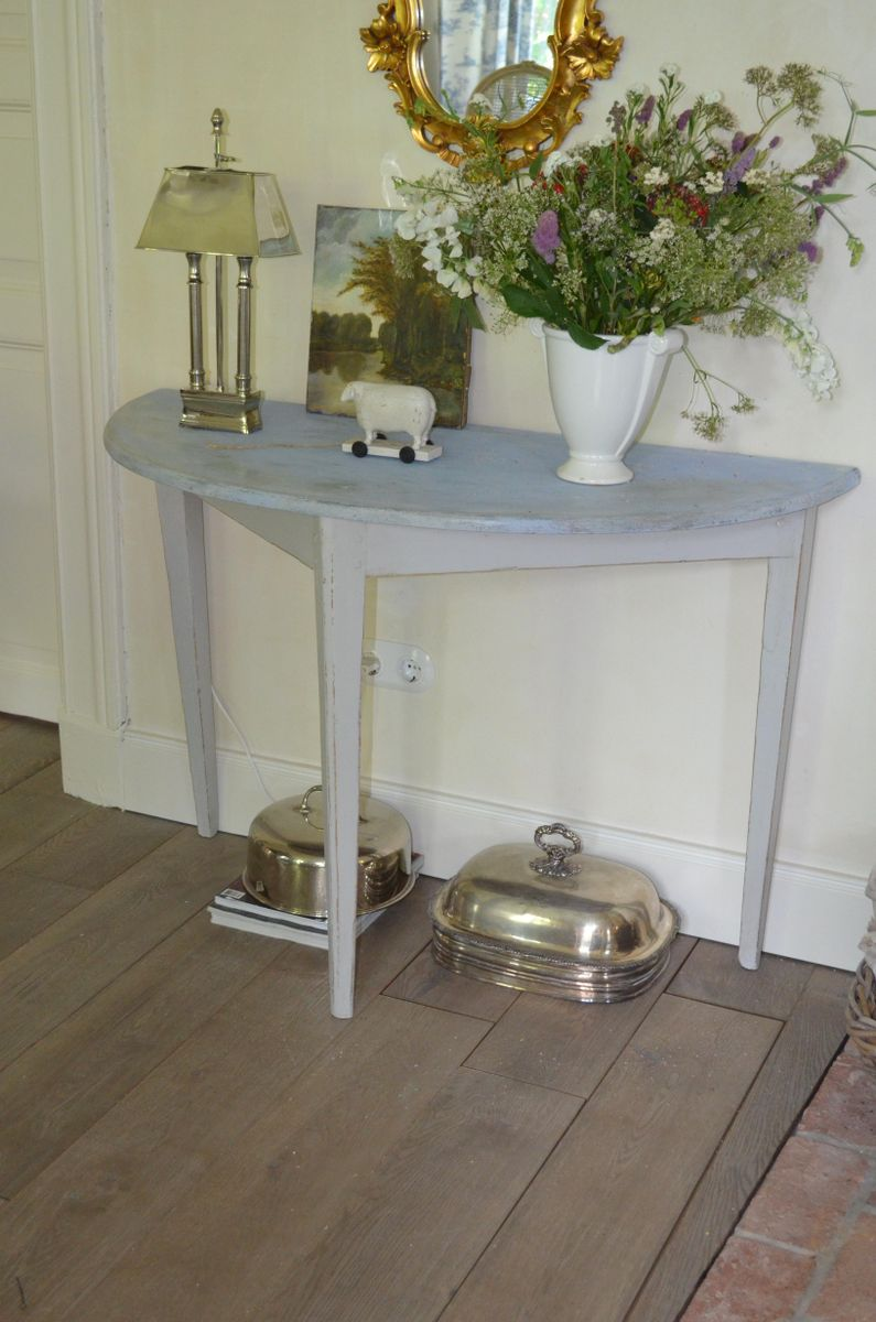 18th century swedish demi lune table for sale at pamono for Table demi lune extensible