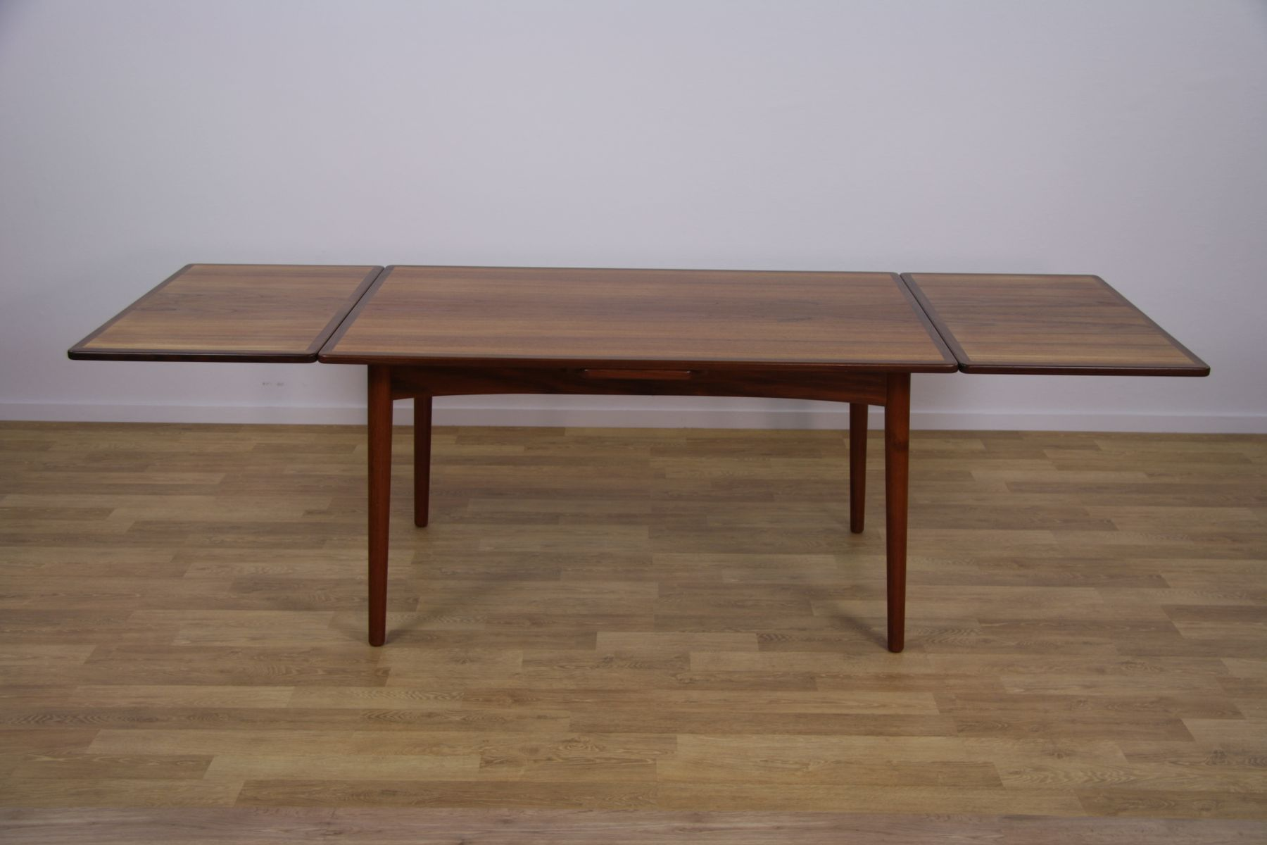 Mid Century Danish Extendable Dining Table in Teak 1960s  : mid century danish extendable dining table in teak 1960s 5 from www.pamono.com size 1800 x 1200 jpeg 99kB
