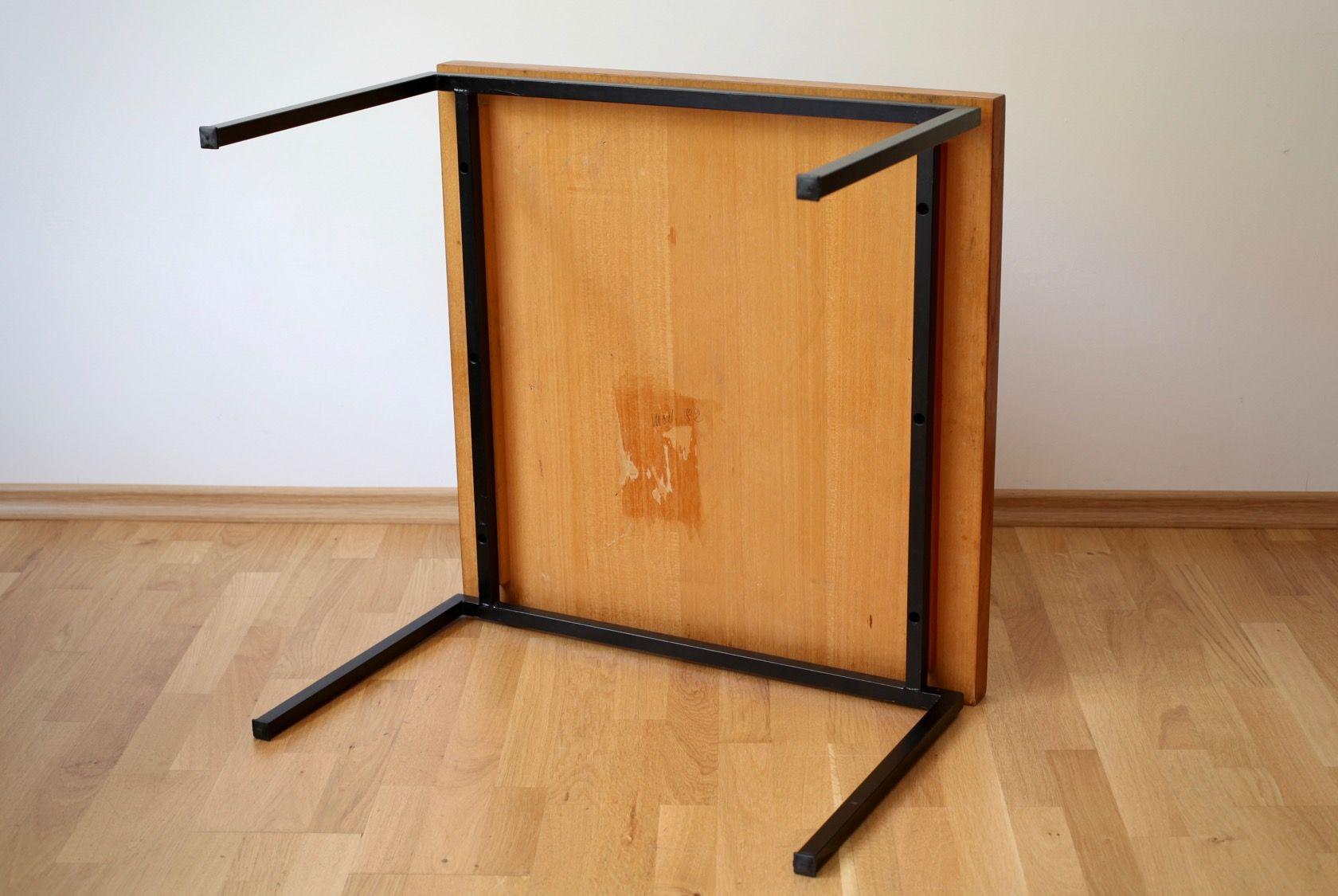quadratischer mid century tisch 1960er bei pamono kaufen. Black Bedroom Furniture Sets. Home Design Ideas