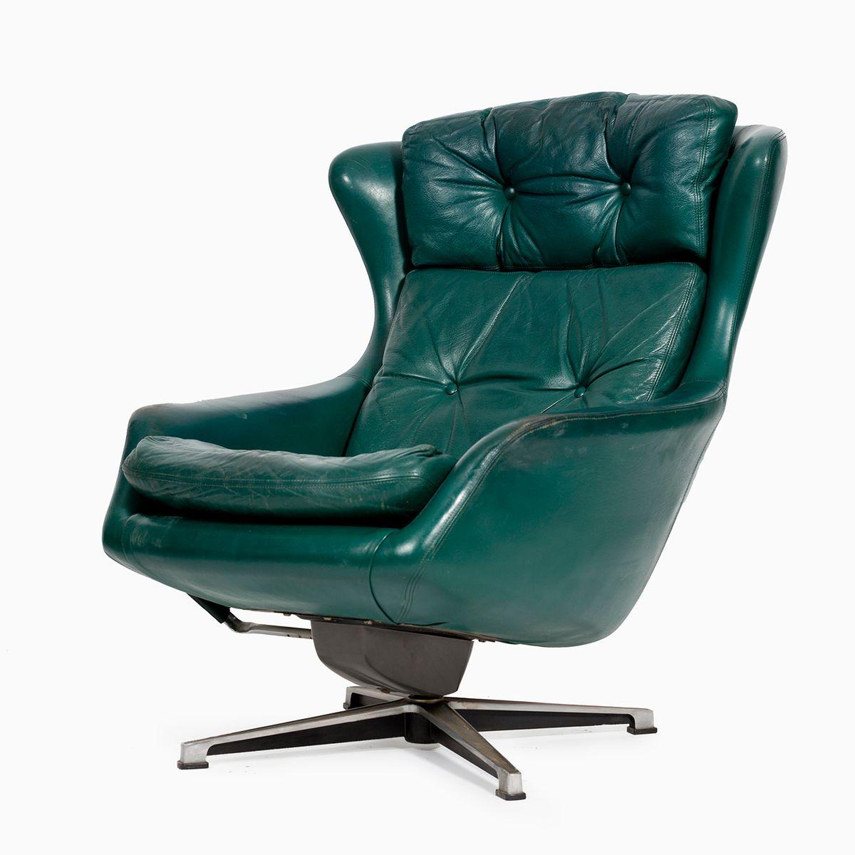 Vintage leather swivel chair - Vintage Dark Green Leather Swivel Armchair From Peem