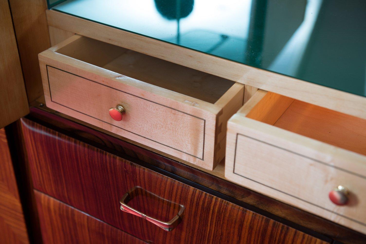 mid century schrank mit bar von vittorio dassi f r dassi. Black Bedroom Furniture Sets. Home Design Ideas