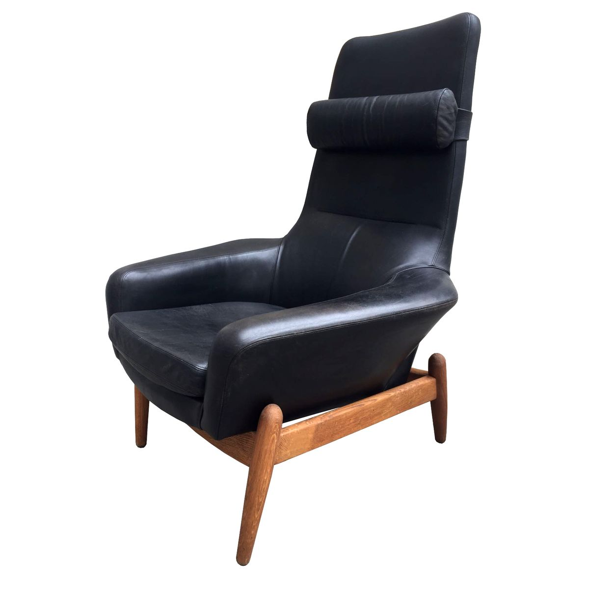 This sculptural pair of lounge chairs by ib kofod larsen is no longer - Mid Century Danish Black Leather Chair By Ib Kofod Larsen For Bovenkamp