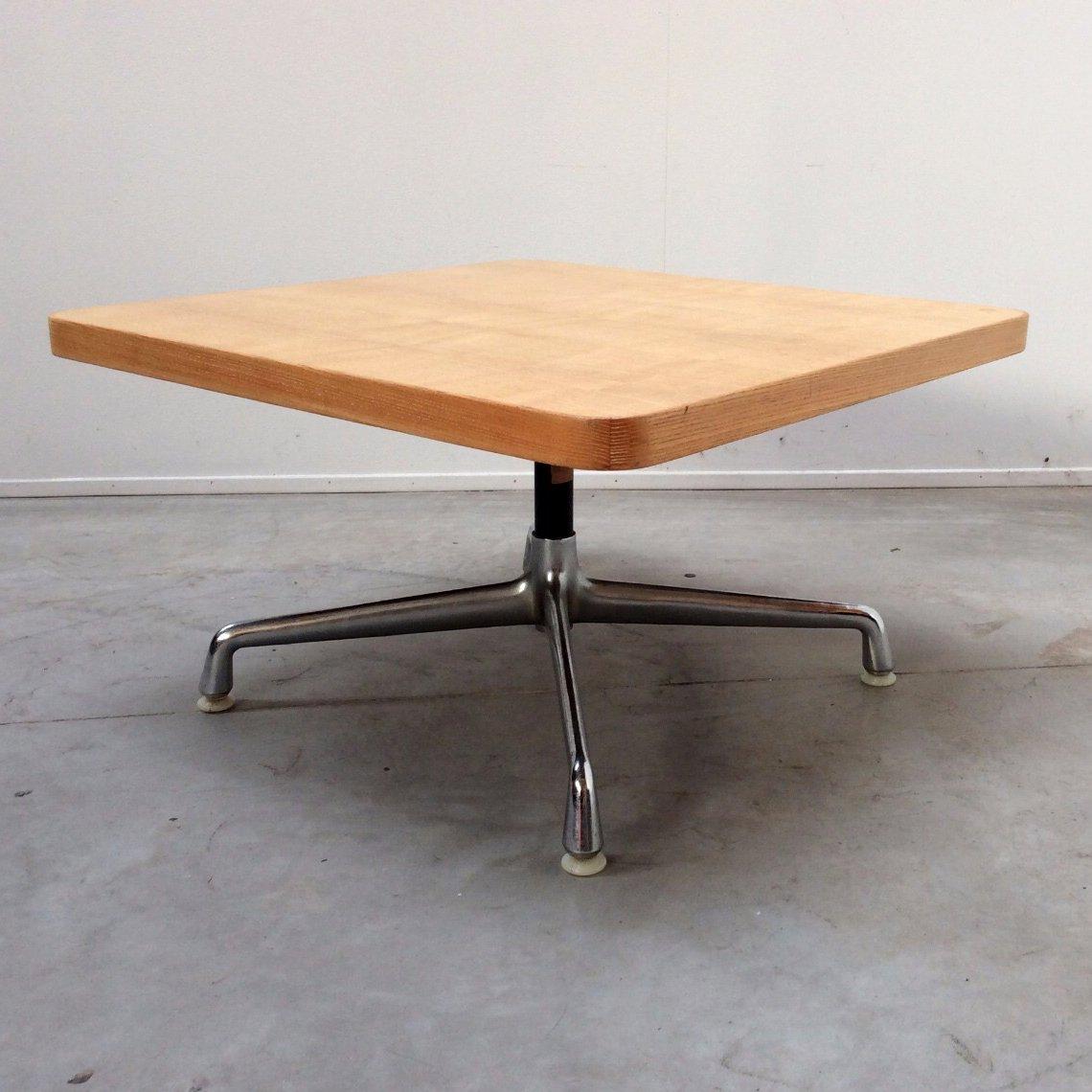 table basse vintage par charles eames pour herman miller etats unis 1960s en vente sur pamono. Black Bedroom Furniture Sets. Home Design Ideas