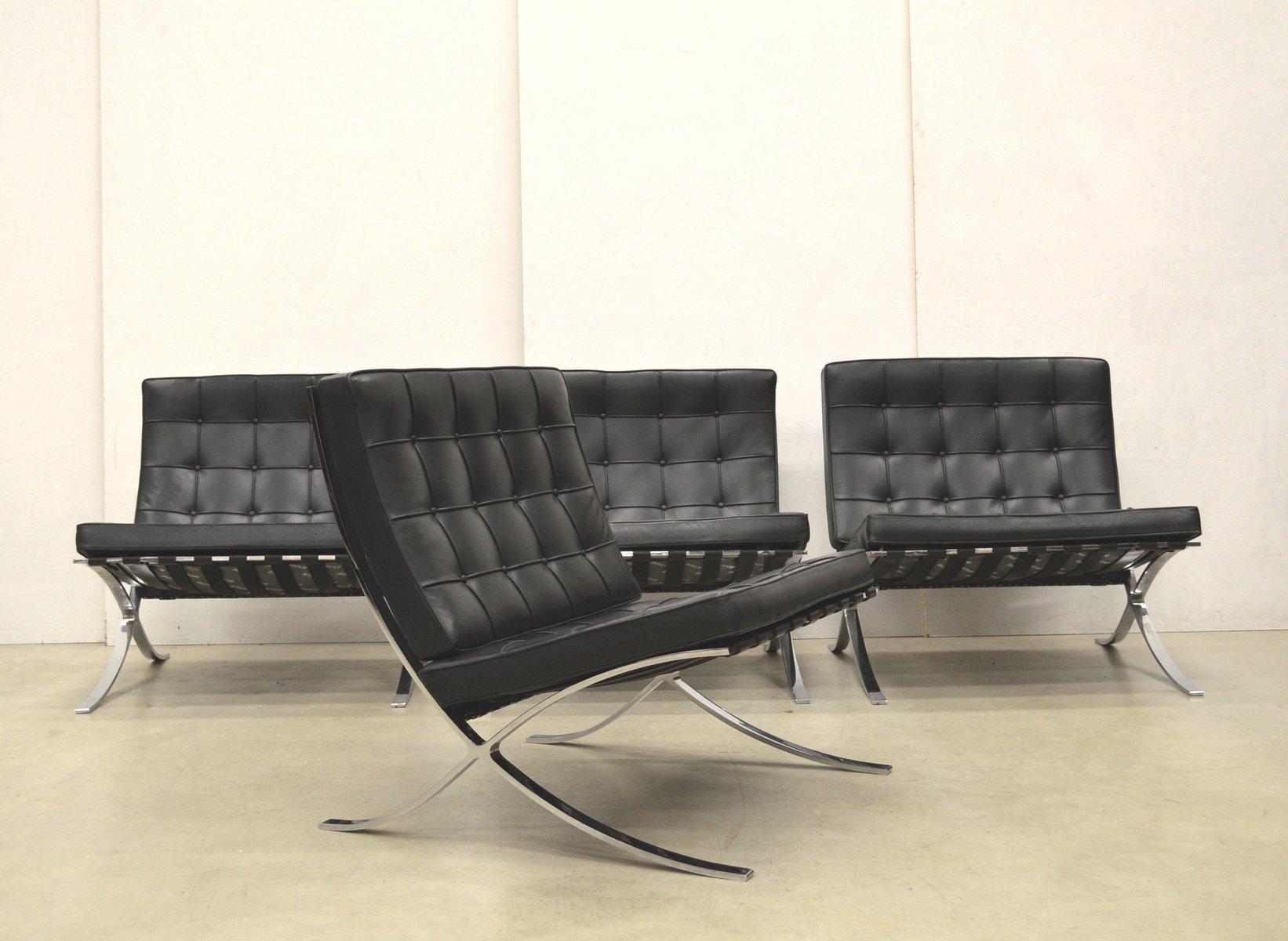 barcelona st hle von mies van der rohe von knoll international 1980er 2er set bei pamono kaufen. Black Bedroom Furniture Sets. Home Design Ideas
