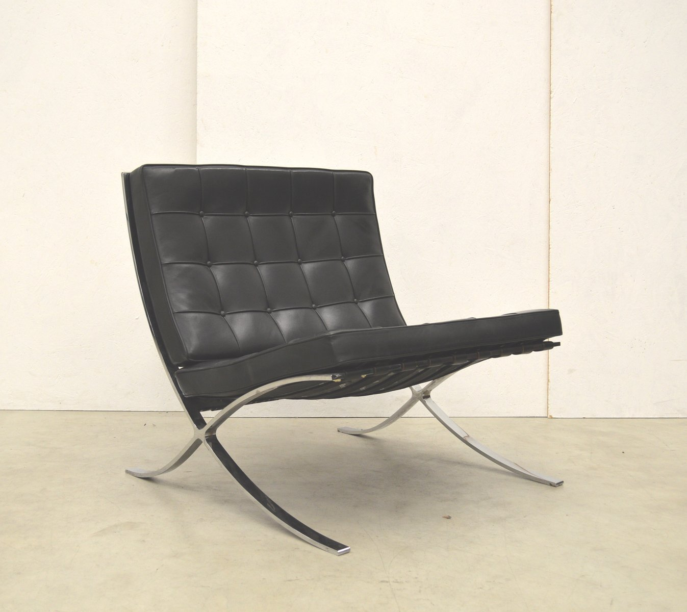 Vintage barcelona chair by mies van der rohe for knoll - Mobles vintage barcelona ...