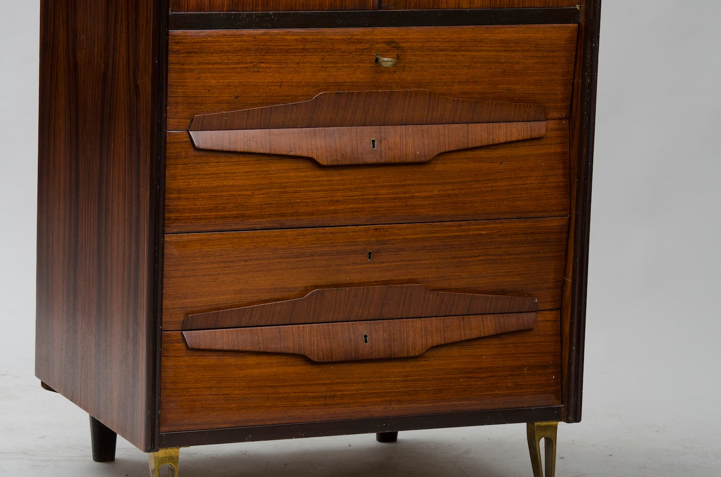 Vintage italian high cabinet for sale at pamono for Italian cabinets