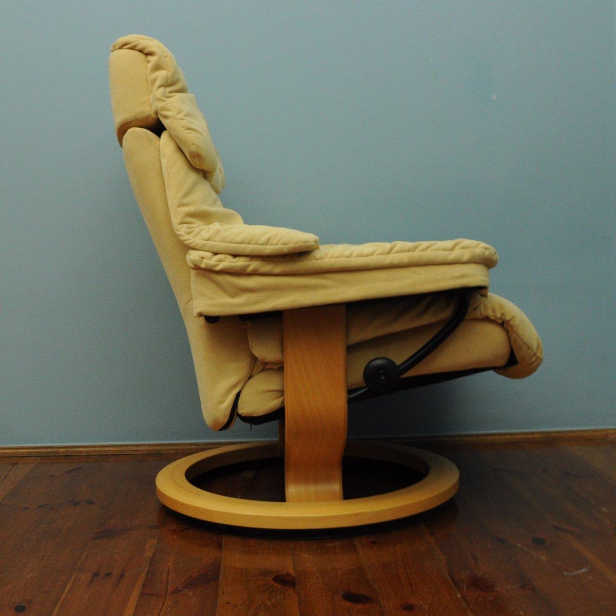 fauteuil vintage jaune de stressless en vente sur pamono. Black Bedroom Furniture Sets. Home Design Ideas