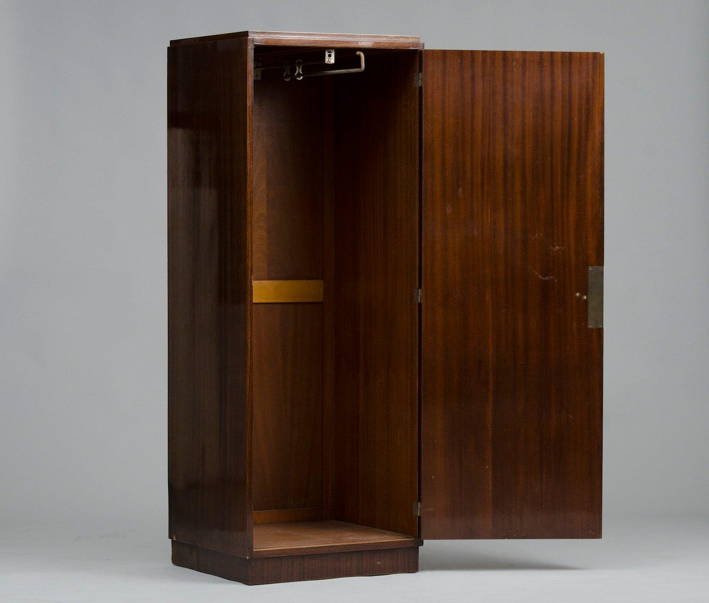 petite armoire art d co en vente sur pamono. Black Bedroom Furniture Sets. Home Design Ideas