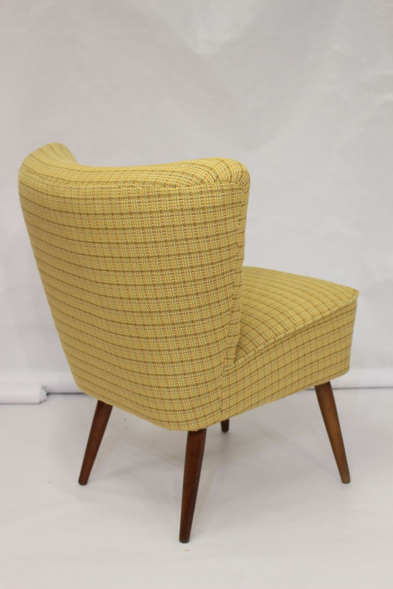 fauteuil cocktail vintage jaune 1950s en vente sur pamono. Black Bedroom Furniture Sets. Home Design Ideas