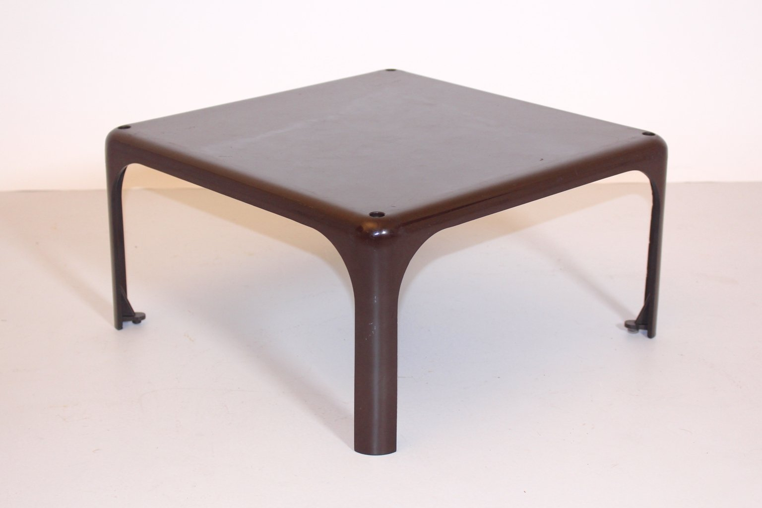 Brown Demetrio 45 Coffee Table By Vico Magistretti For Atemide 1960s For Sale At Pamono