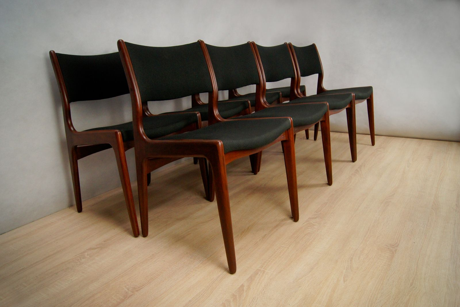 Mid Century Danish Teak Chairs, Set Of 8