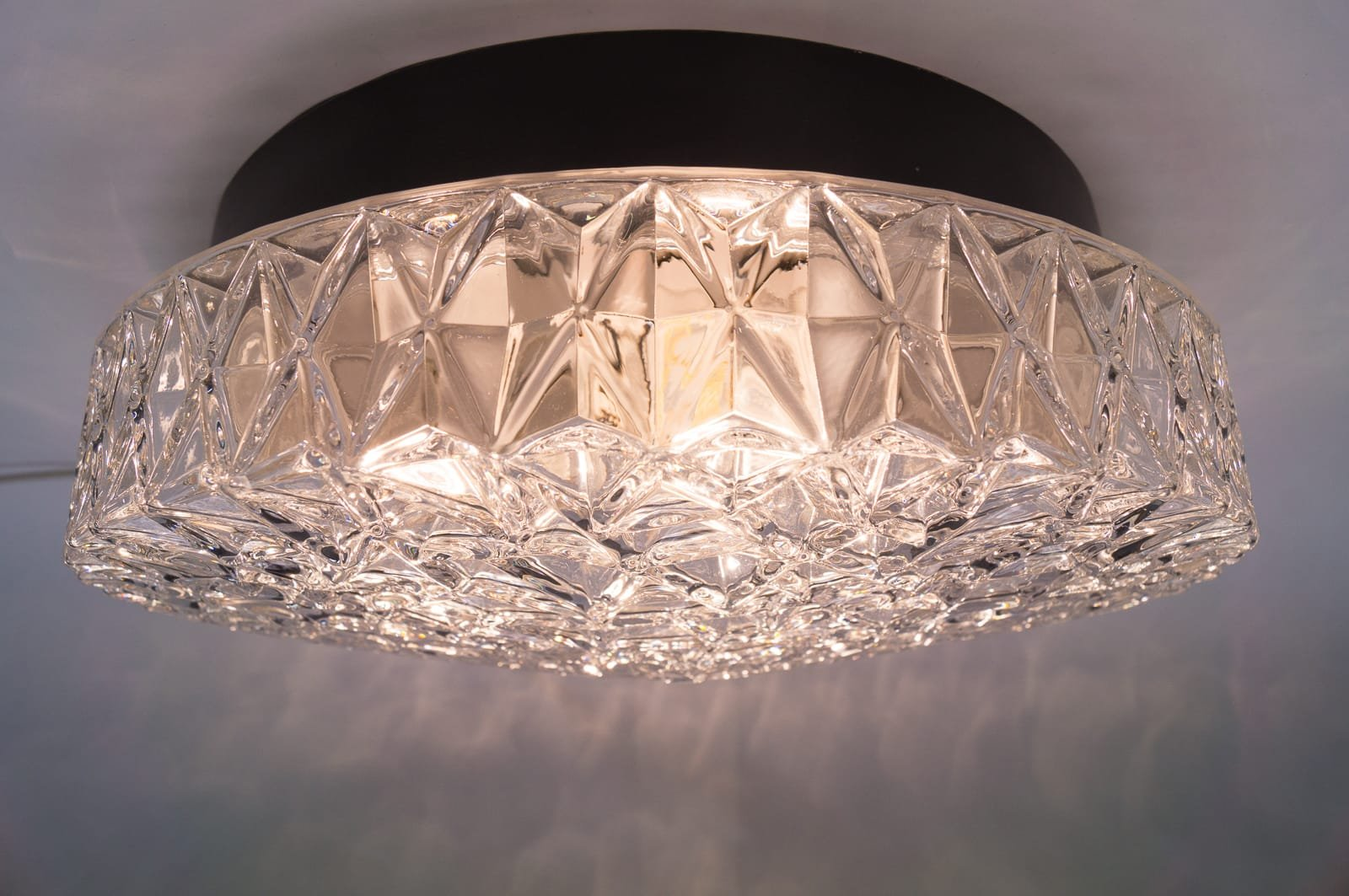 Large structured glass wall lamp with geometric 3d for Large glass wall