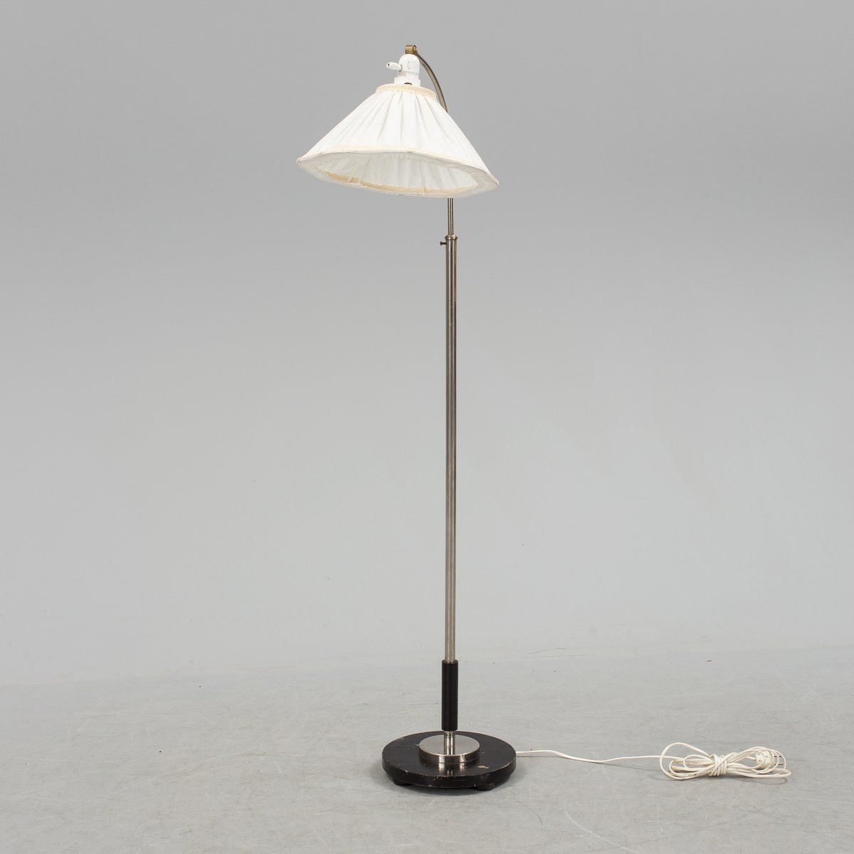 Scandinavian Art Deco Floor Lamp from Zenith, 1930s for sale at Pamono