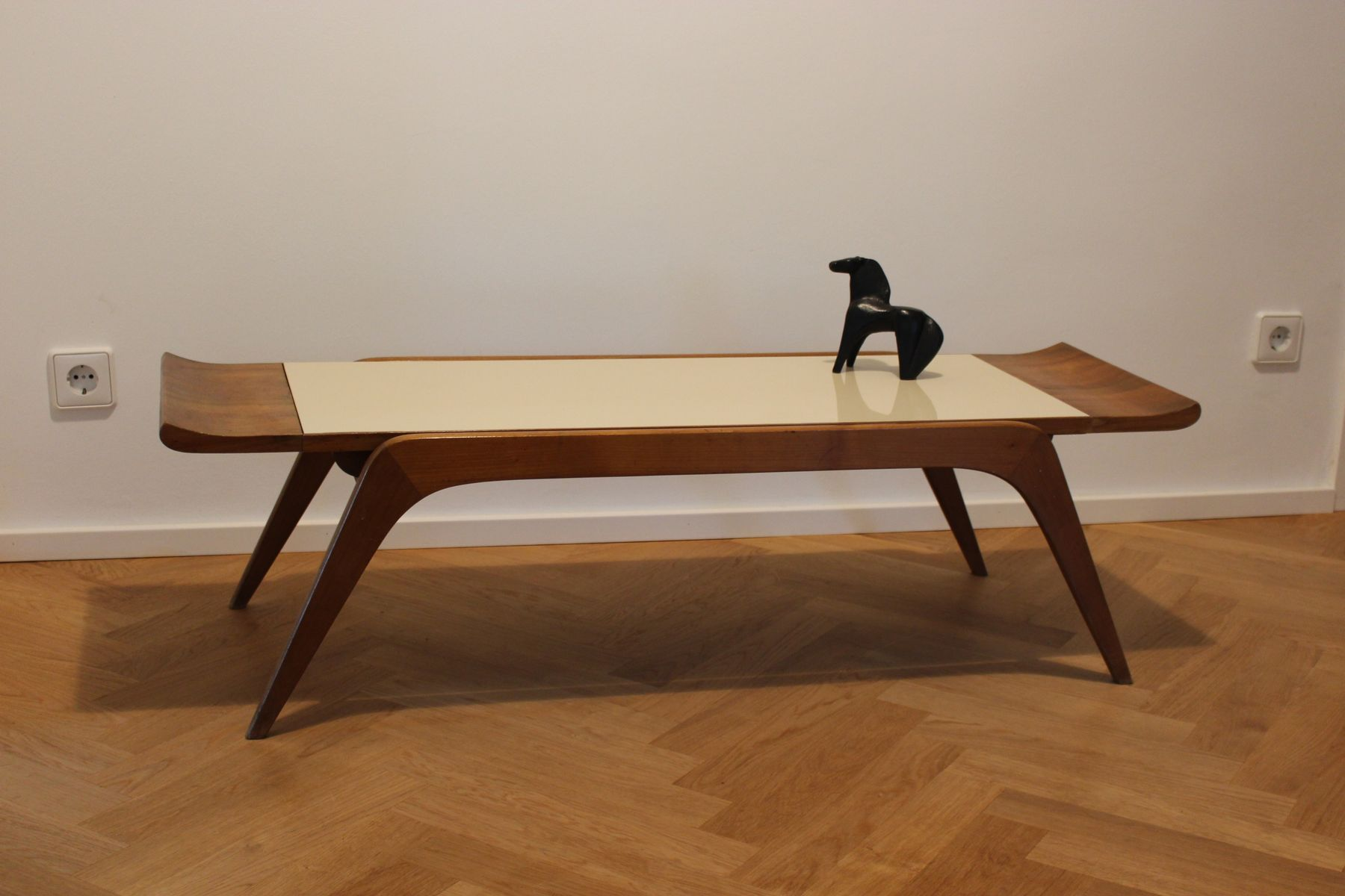 Sculptural italian coffee table 1950s for sale at pamono for Italian coffee table