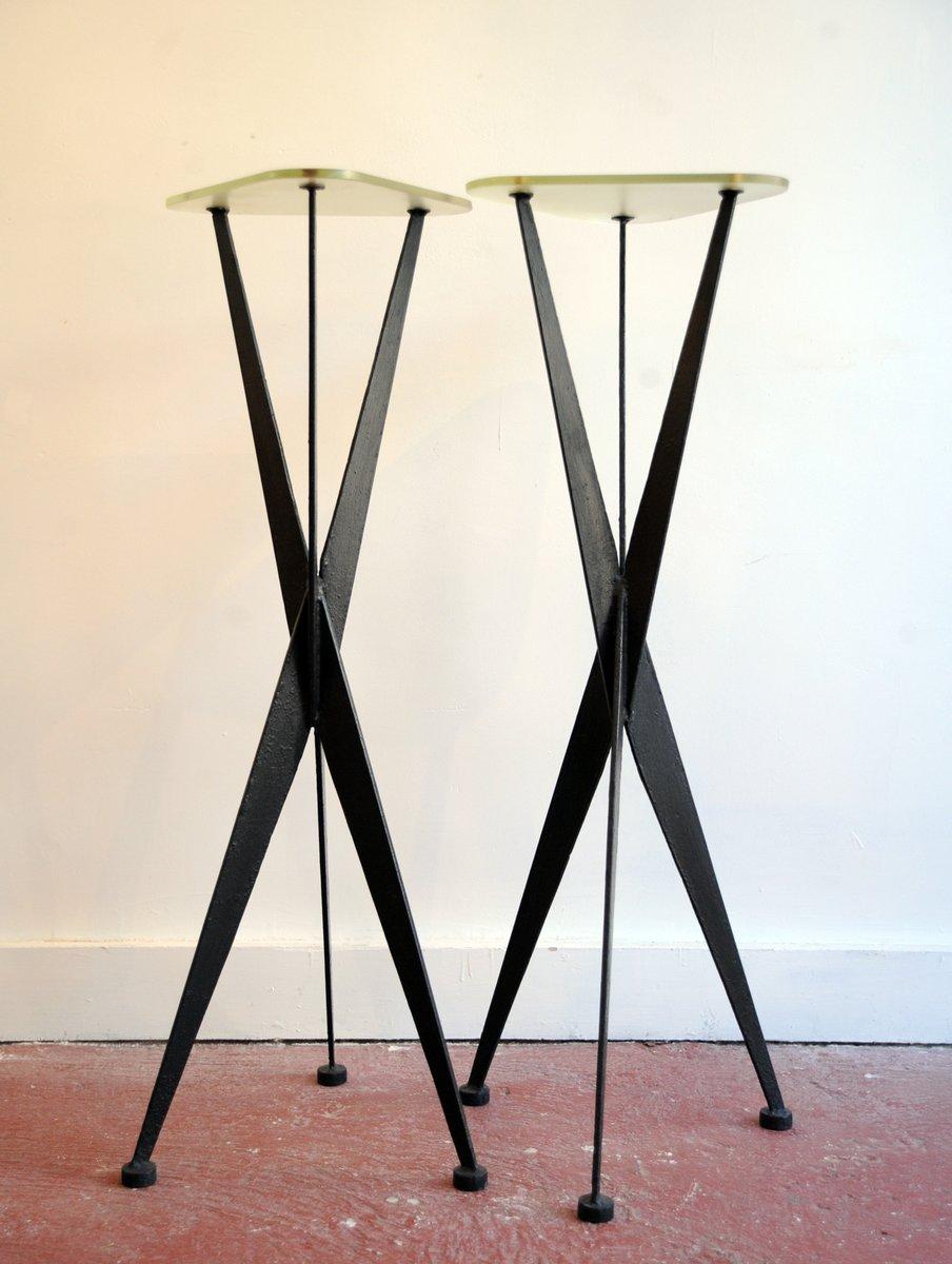 schmale beistelltische aus metall glas 1950er 2er set bei pamono kaufen. Black Bedroom Furniture Sets. Home Design Ideas