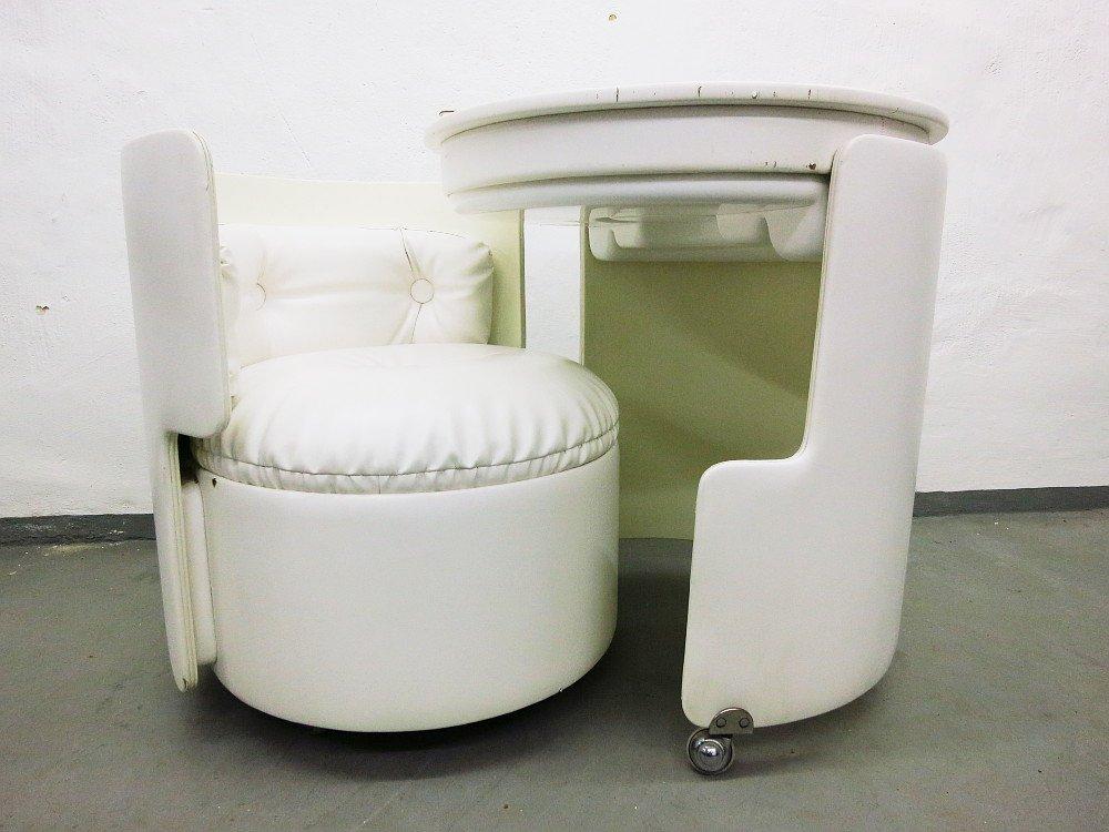 dilly dally frisiertisch von luigi massoni f r poltrona frau bei pamono kaufen. Black Bedroom Furniture Sets. Home Design Ideas