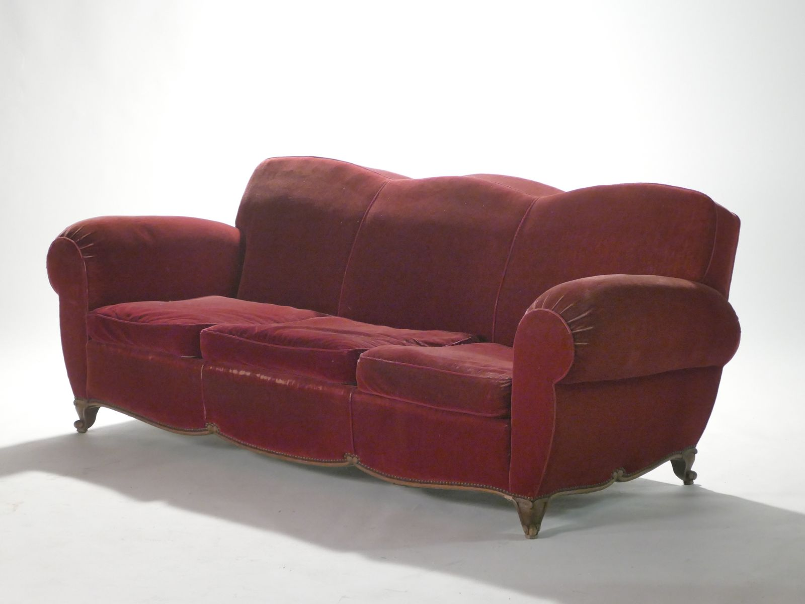 Mid Century French Red Velvet Sofa 1950s for sale at Pamono