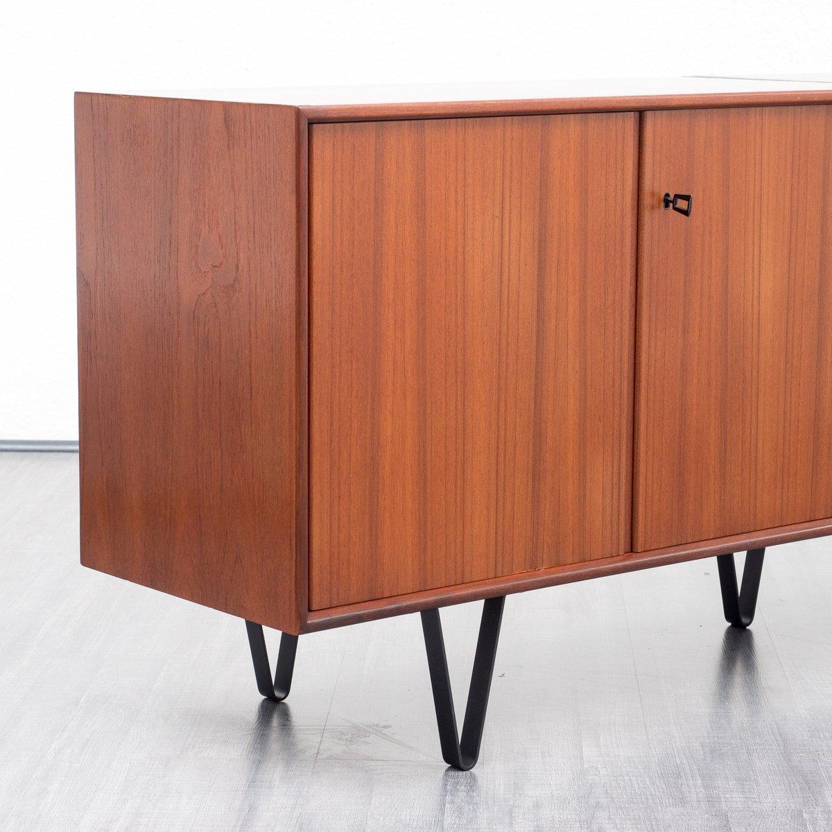 mid century teak sideboard mit neuen schlaufenf en 1960er bei pamono kaufen. Black Bedroom Furniture Sets. Home Design Ideas