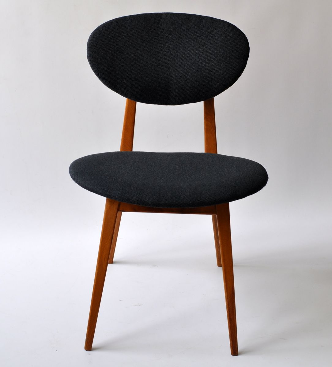polnische st hle von juliusz k dziorek f r go cici skie fabryki mebli 1960er 2er set bei. Black Bedroom Furniture Sets. Home Design Ideas