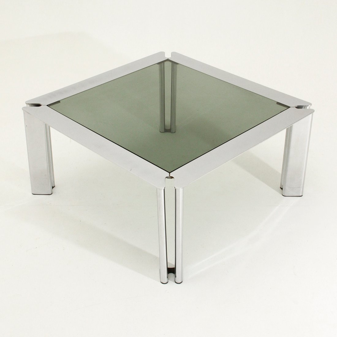 Italian square chromed metal coffee table for sale at pamono Metal square coffee table