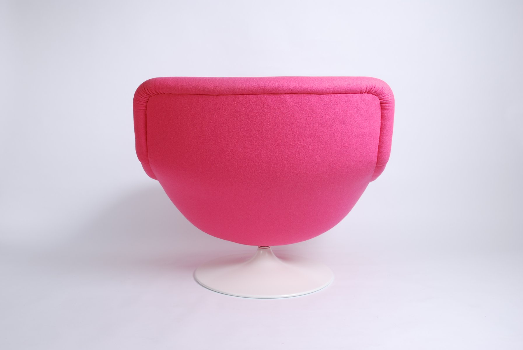 Vintage Pink F518 Lounge Swivel Chair by Geoffrey Harcourt for