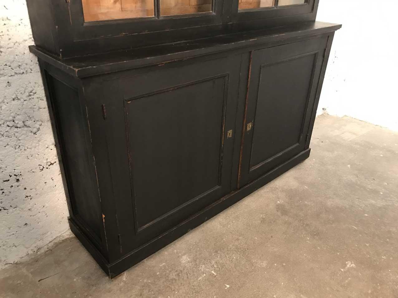 vintage napoleon iii buffet cabinet for sale at pamono. Black Bedroom Furniture Sets. Home Design Ideas