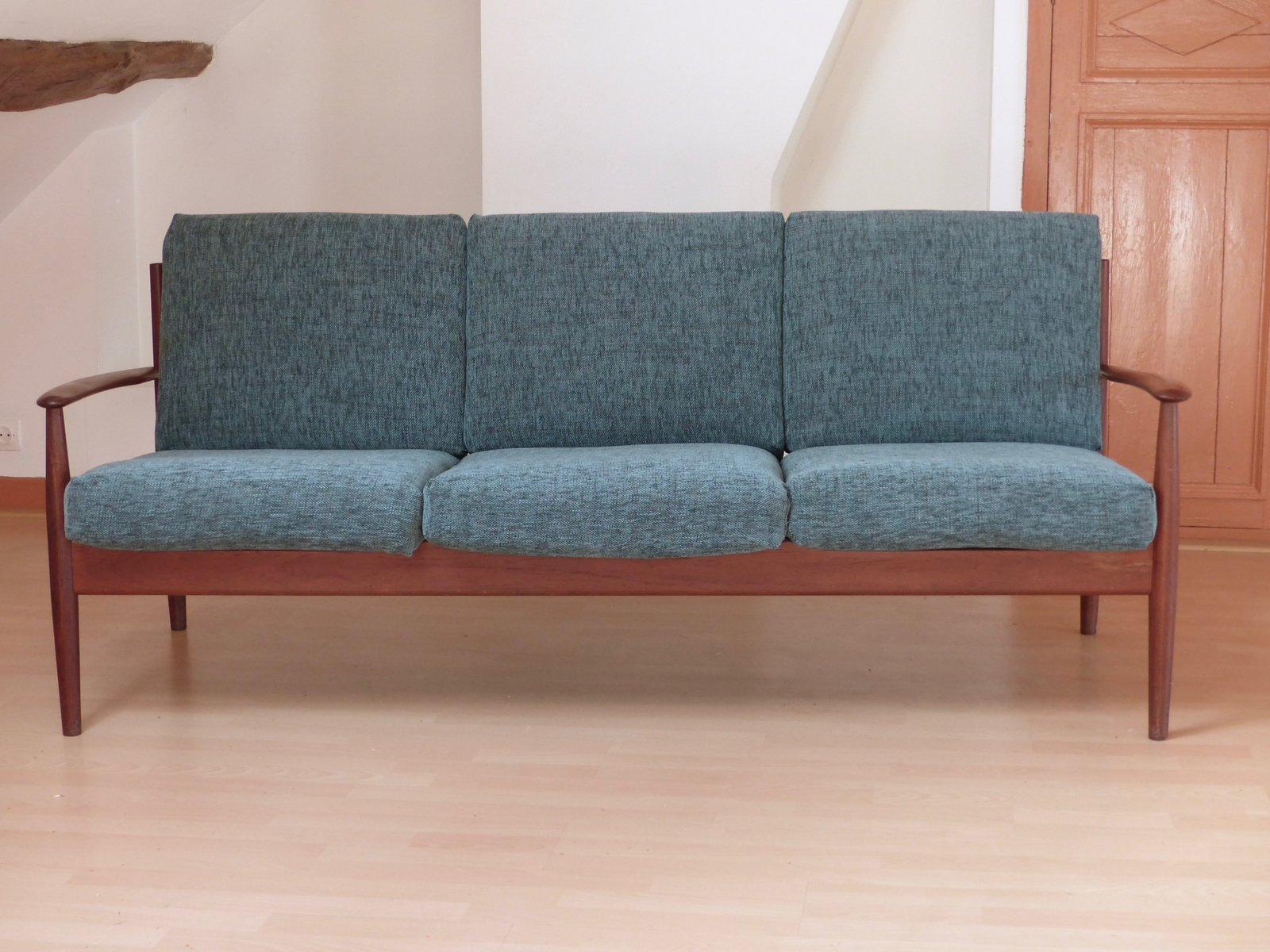 Model 118 Scandinavian Teak Sofa by Grete Jalk for France & S¸n