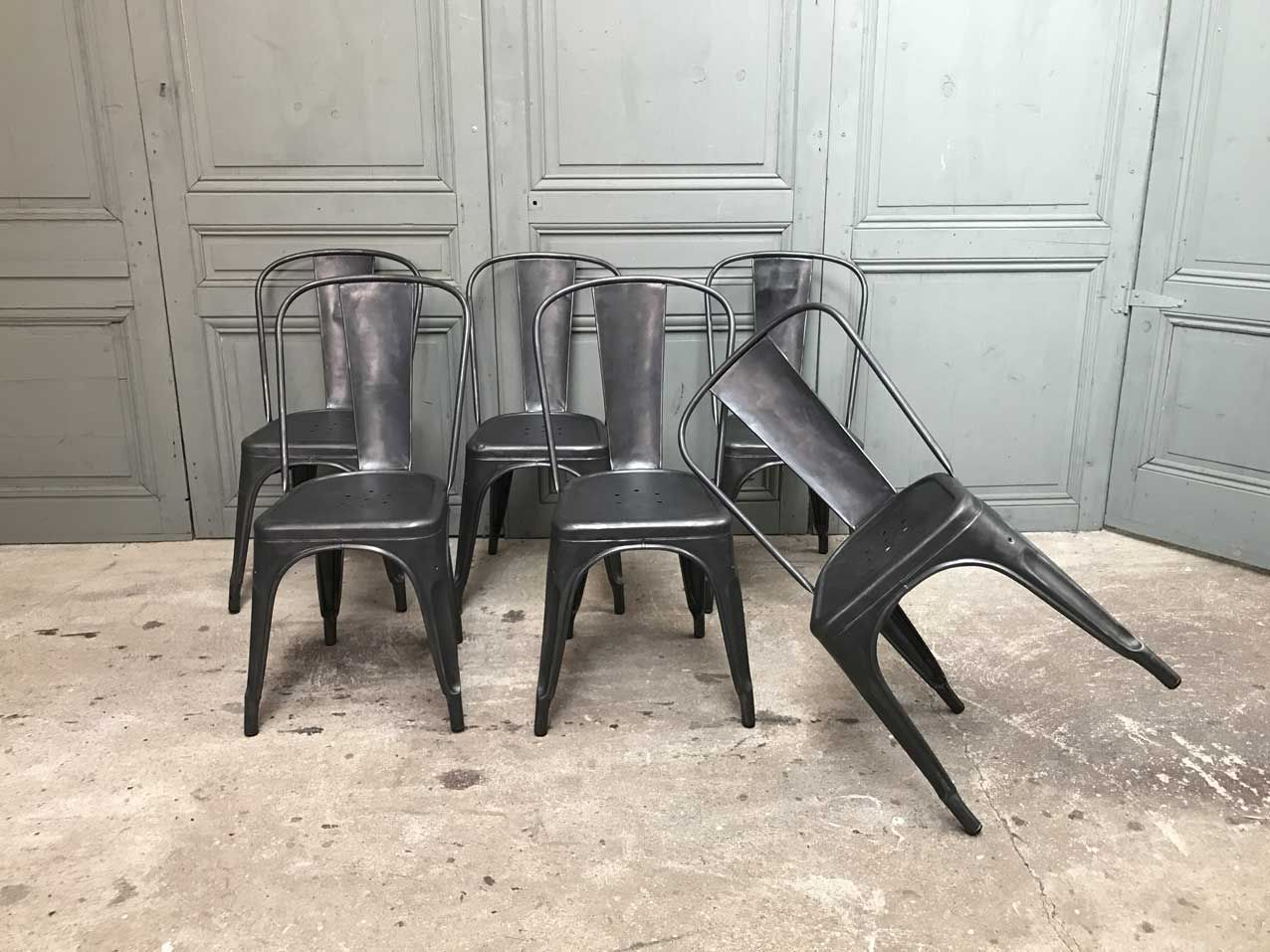 vintage chairs by xavier pauchard for tolix set of 6 for sale at pamono. Black Bedroom Furniture Sets. Home Design Ideas