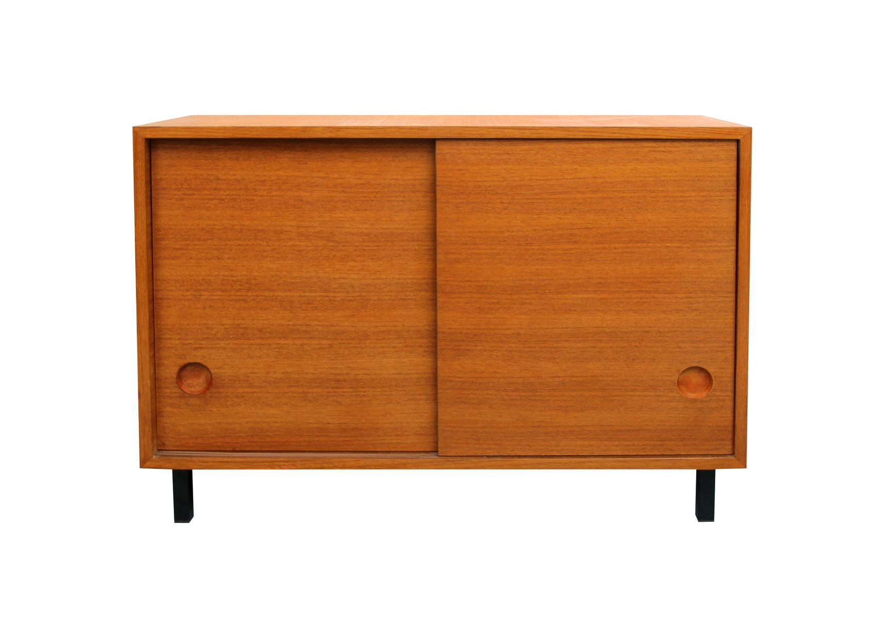 teak furnier sideboard mit schiebet ren 1960er bei pamono. Black Bedroom Furniture Sets. Home Design Ideas