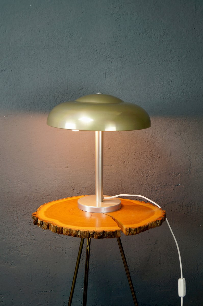 art deco bauhaus table lamp 1930s for sale at pamono. Black Bedroom Furniture Sets. Home Design Ideas