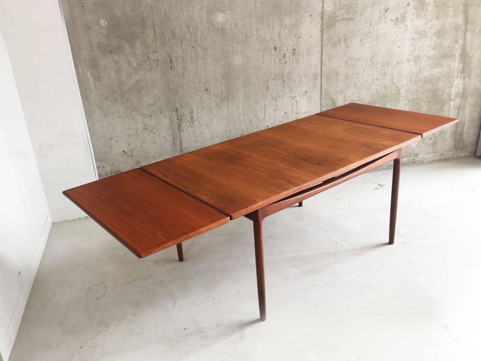 Teak extendable dining table by ib kofod larsen for g plan for G plan teak dining room furniture