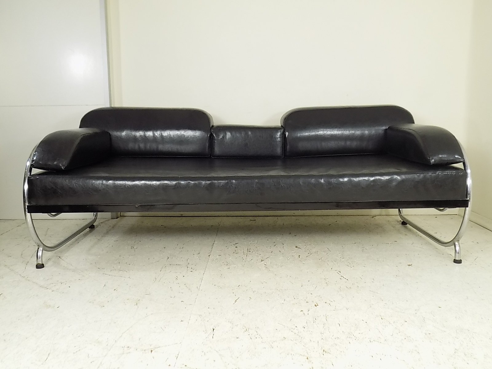 Bauhaus Sofa by Hynek Gottwald 1930s for sale at Pamono