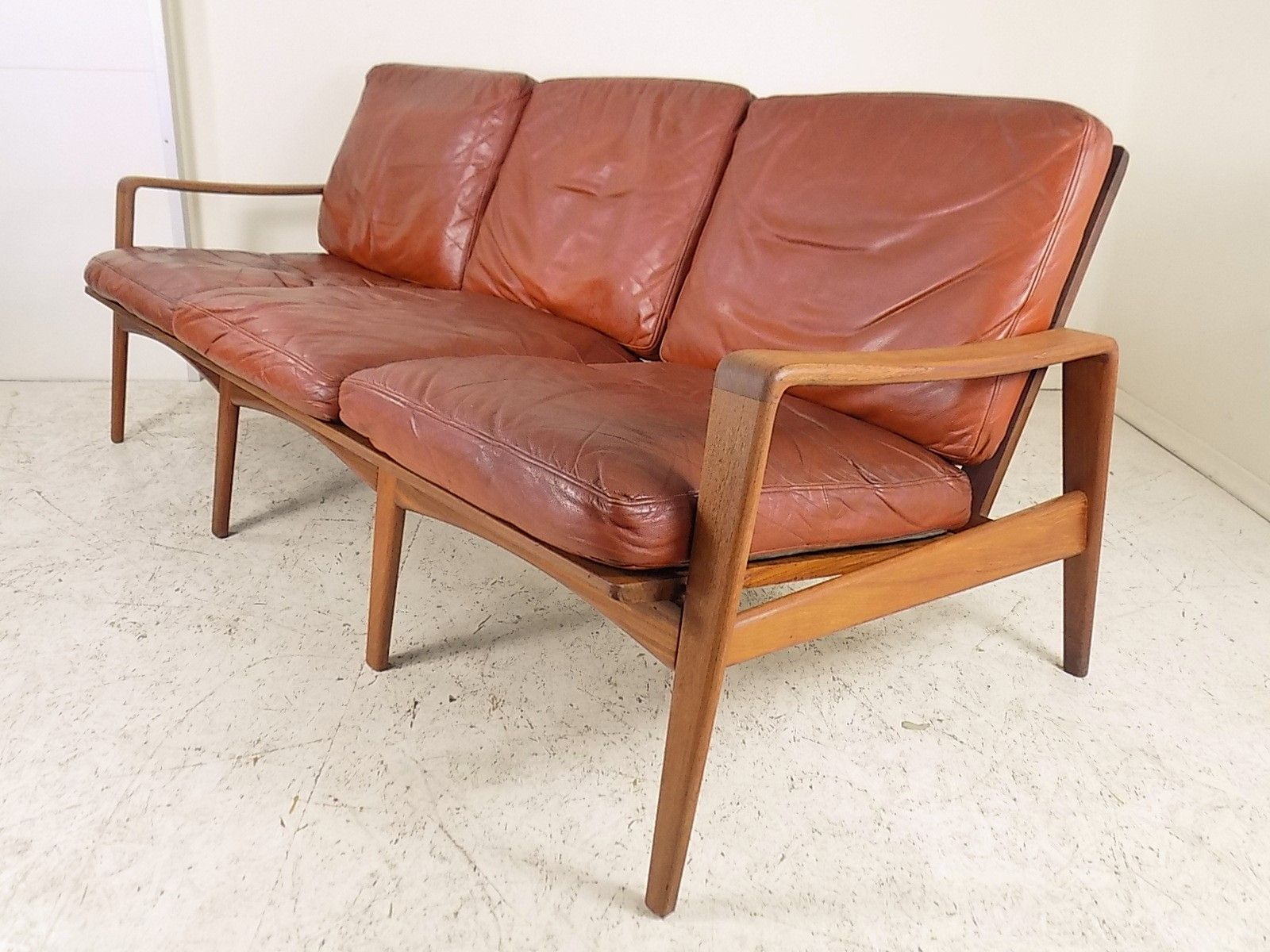 Brown Leather Teak Sofa By Arne Wahl Iversen For Komfort 1960s For Sale At Pamono