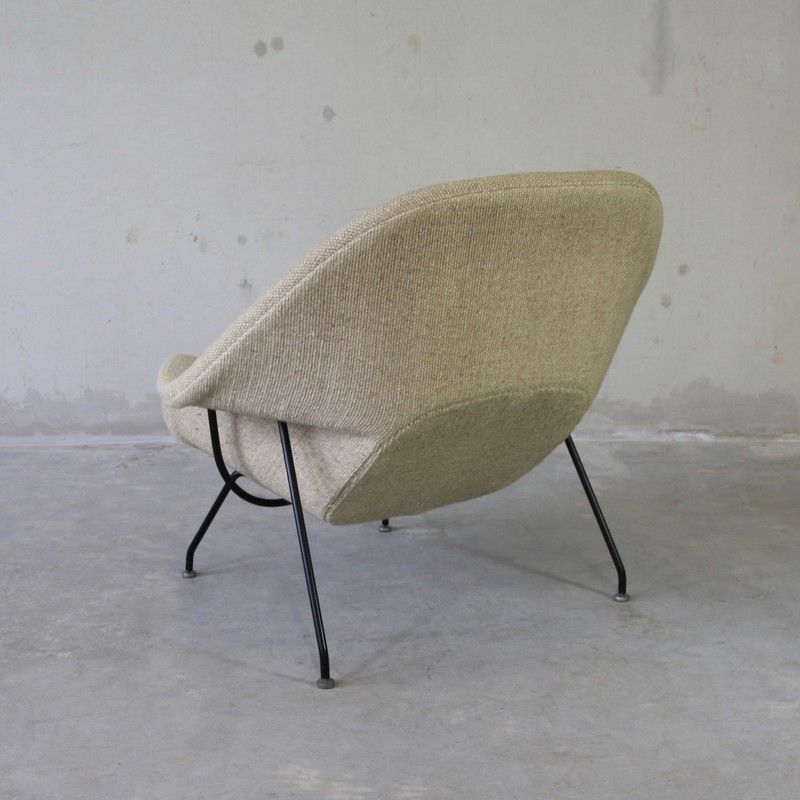 Womb chair and foot stool by eero saarinen for knoll inc 1970s for sale at pamono - Knoll inc chairs ...
