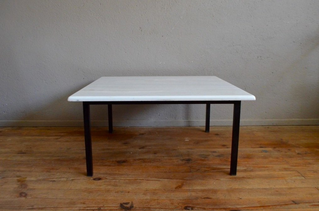 wei er marmor couchtisch mit stahlrohr gestell 1970er bei pamono kaufen. Black Bedroom Furniture Sets. Home Design Ideas