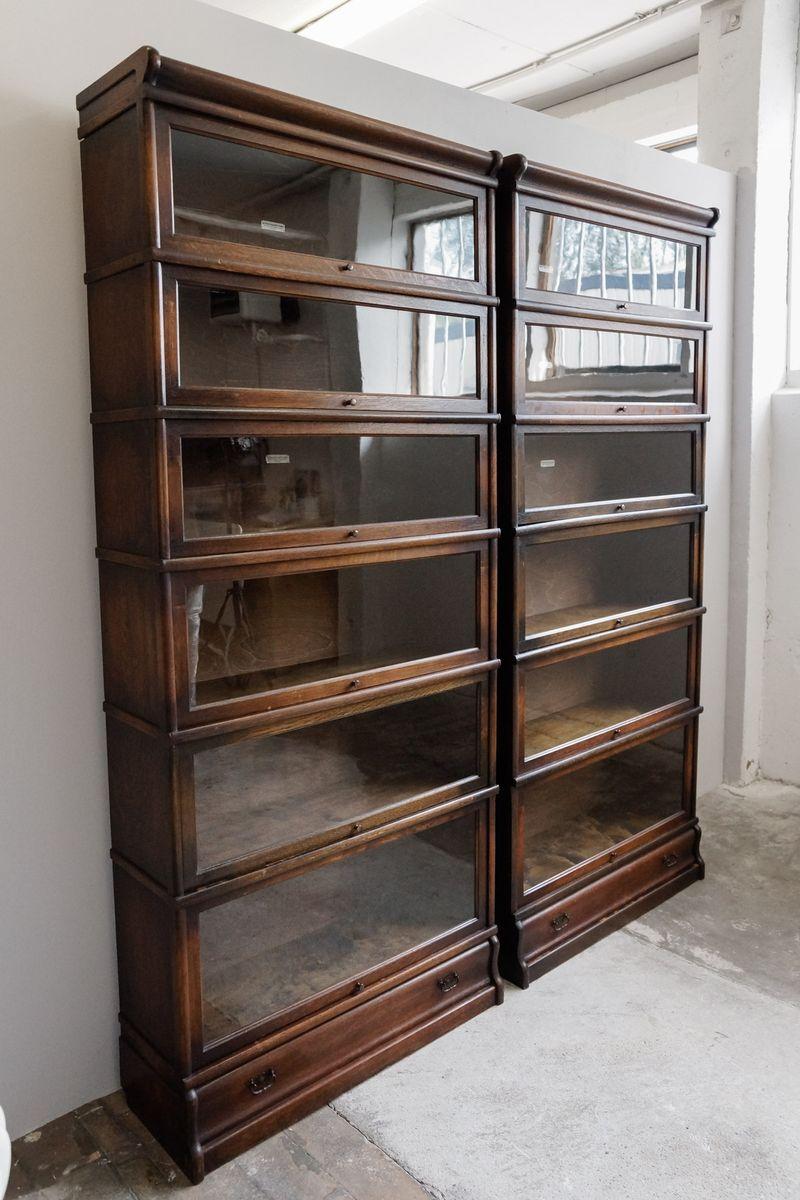 englisches glas b cherregal von globe wernicke 1900er 2er set bei pamono kaufen. Black Bedroom Furniture Sets. Home Design Ideas