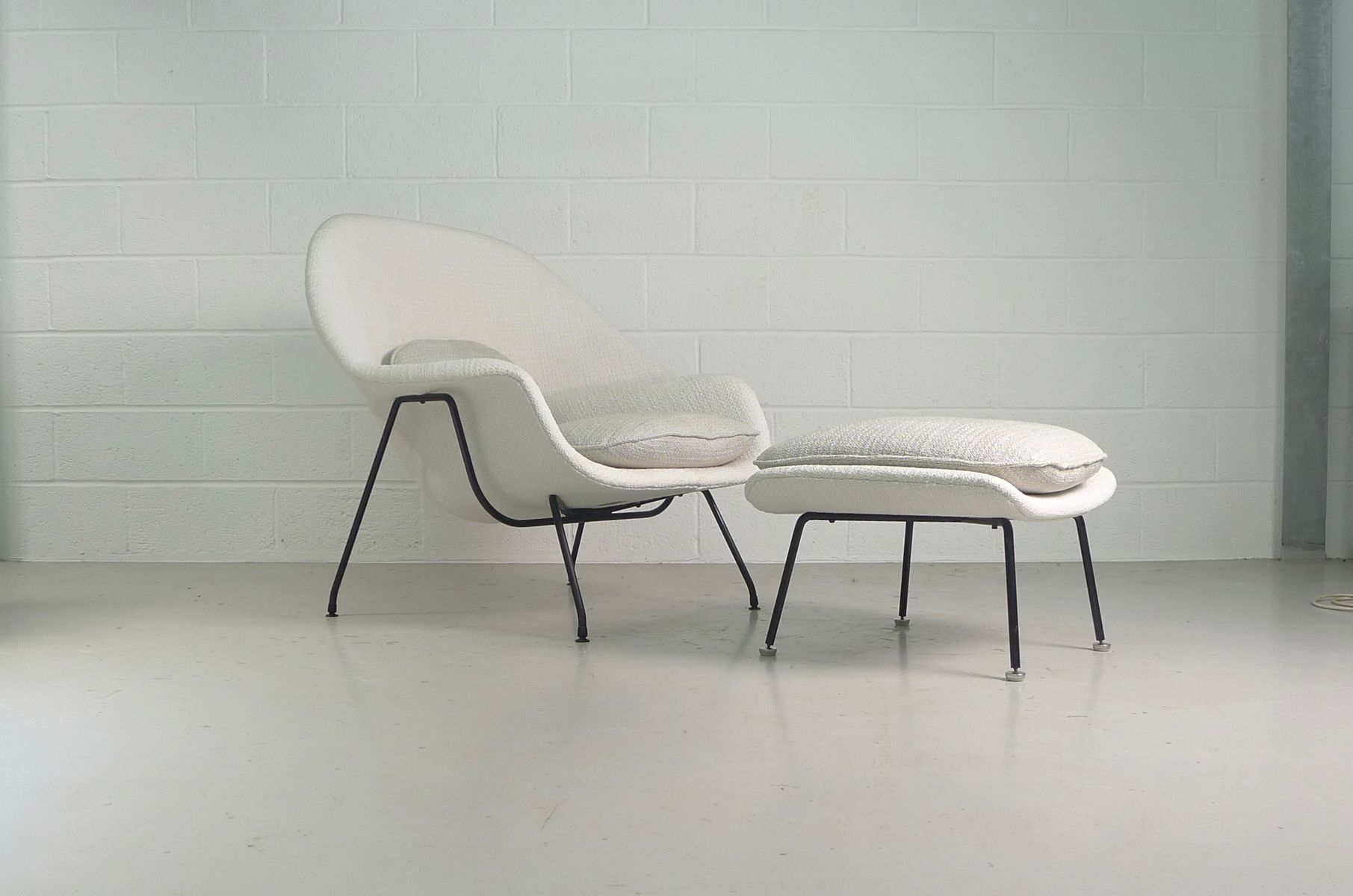 Knoll womb chair - Vintage Womb Chair And Ottoman By Eero Saarinen For Knoll