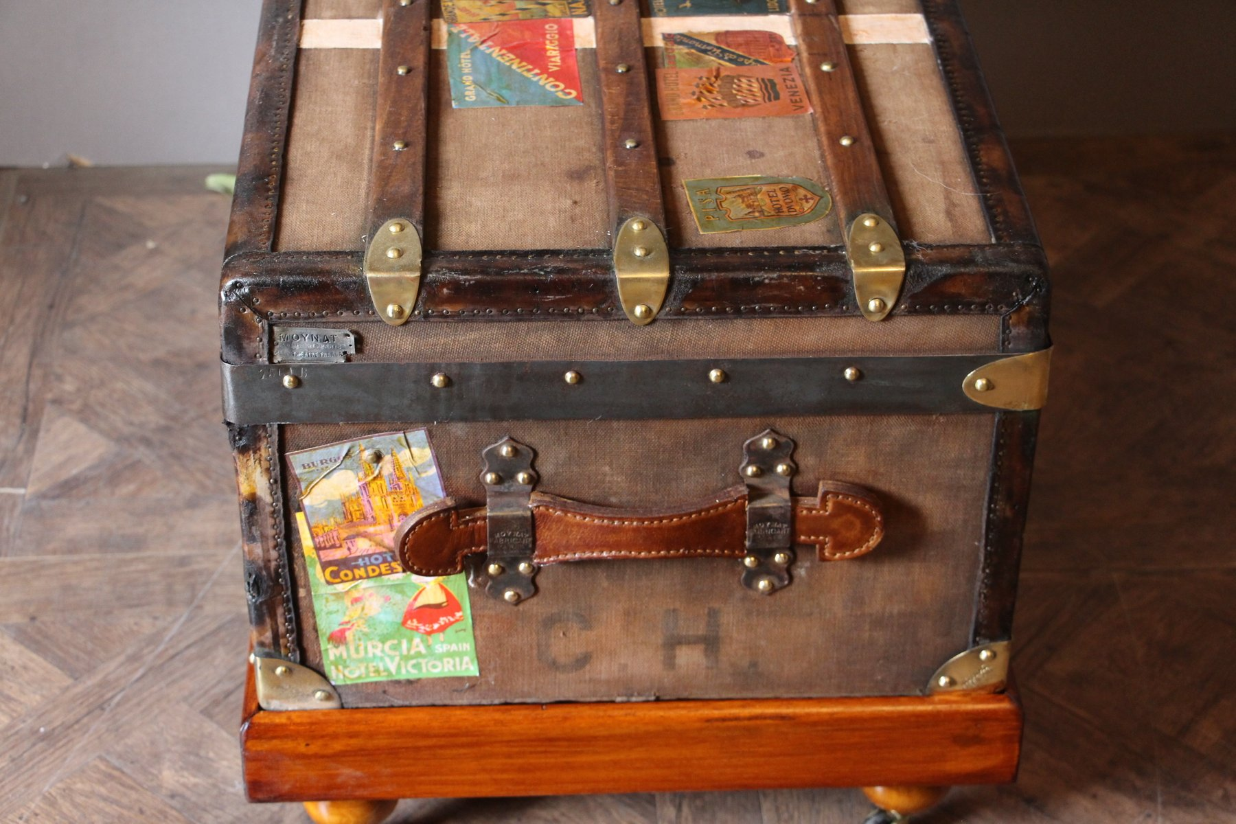 Brown Steamer Trunk from Moynat 1920s for sale at Pamono