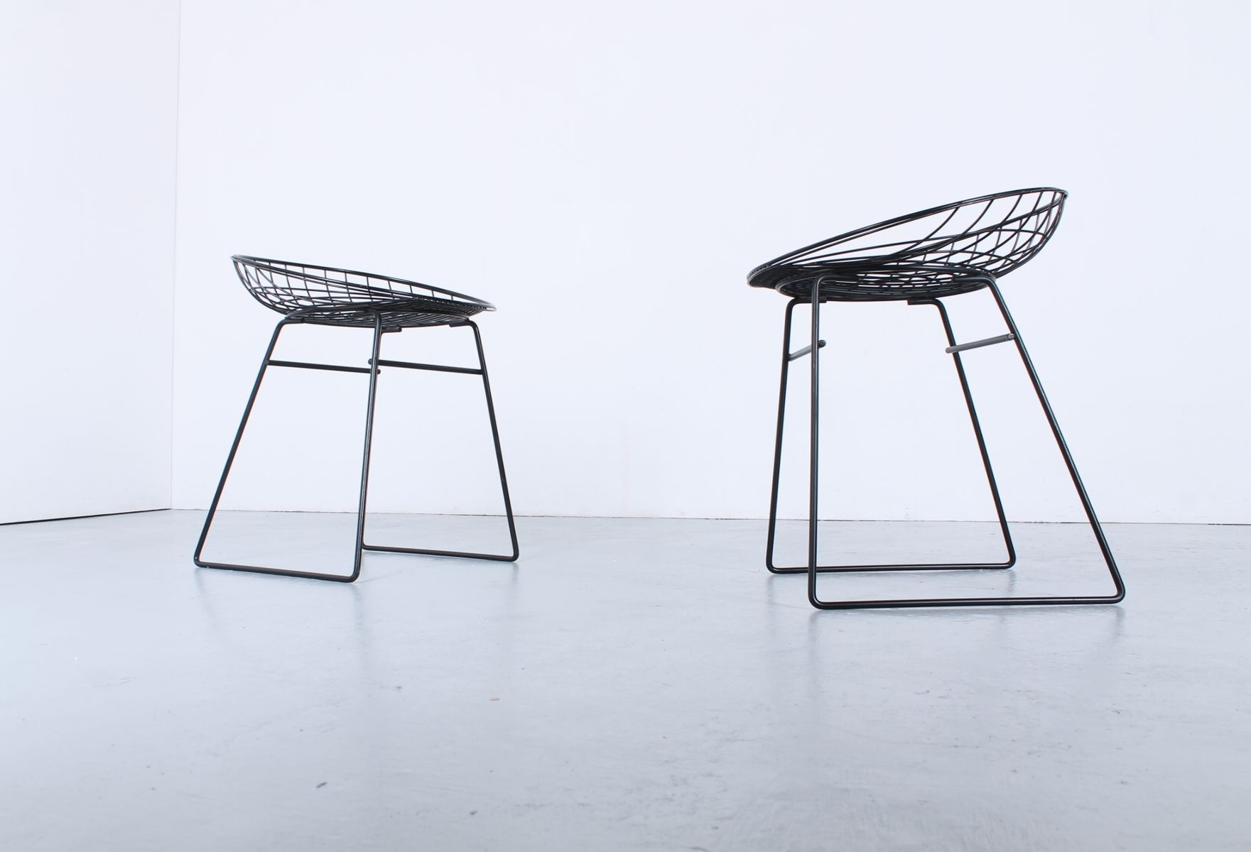 Black Metal Wire Stools by Cees Braakman for Pastoe 1950s Set of 2 & Black Metal Wire Stools by Cees Braakman for Pastoe 1950s Set of ... islam-shia.org