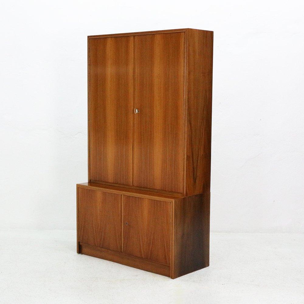 walnuss highboard von deutsche werkm bel 1960er bei. Black Bedroom Furniture Sets. Home Design Ideas