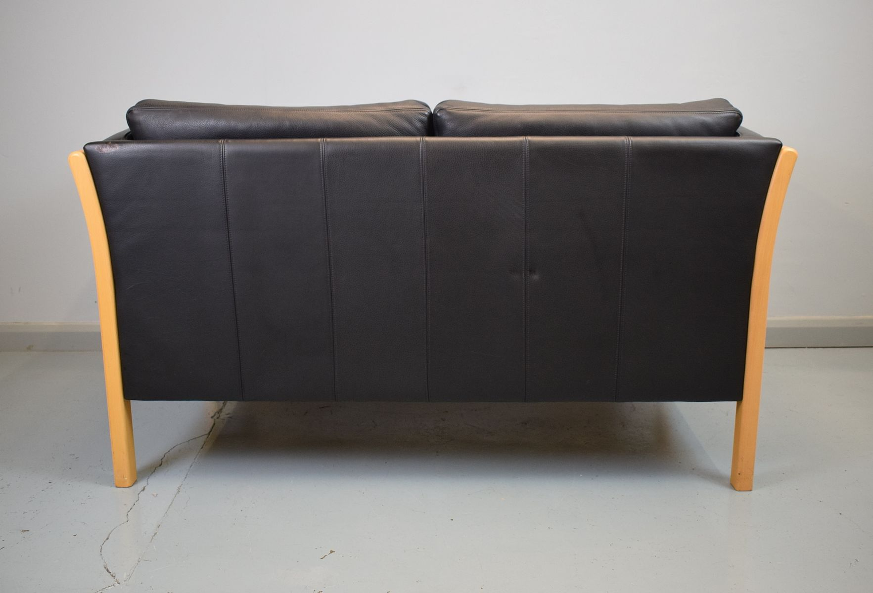Mid century danish black leather 2 seater sofa from stouby for Leather sofa 7 seater
