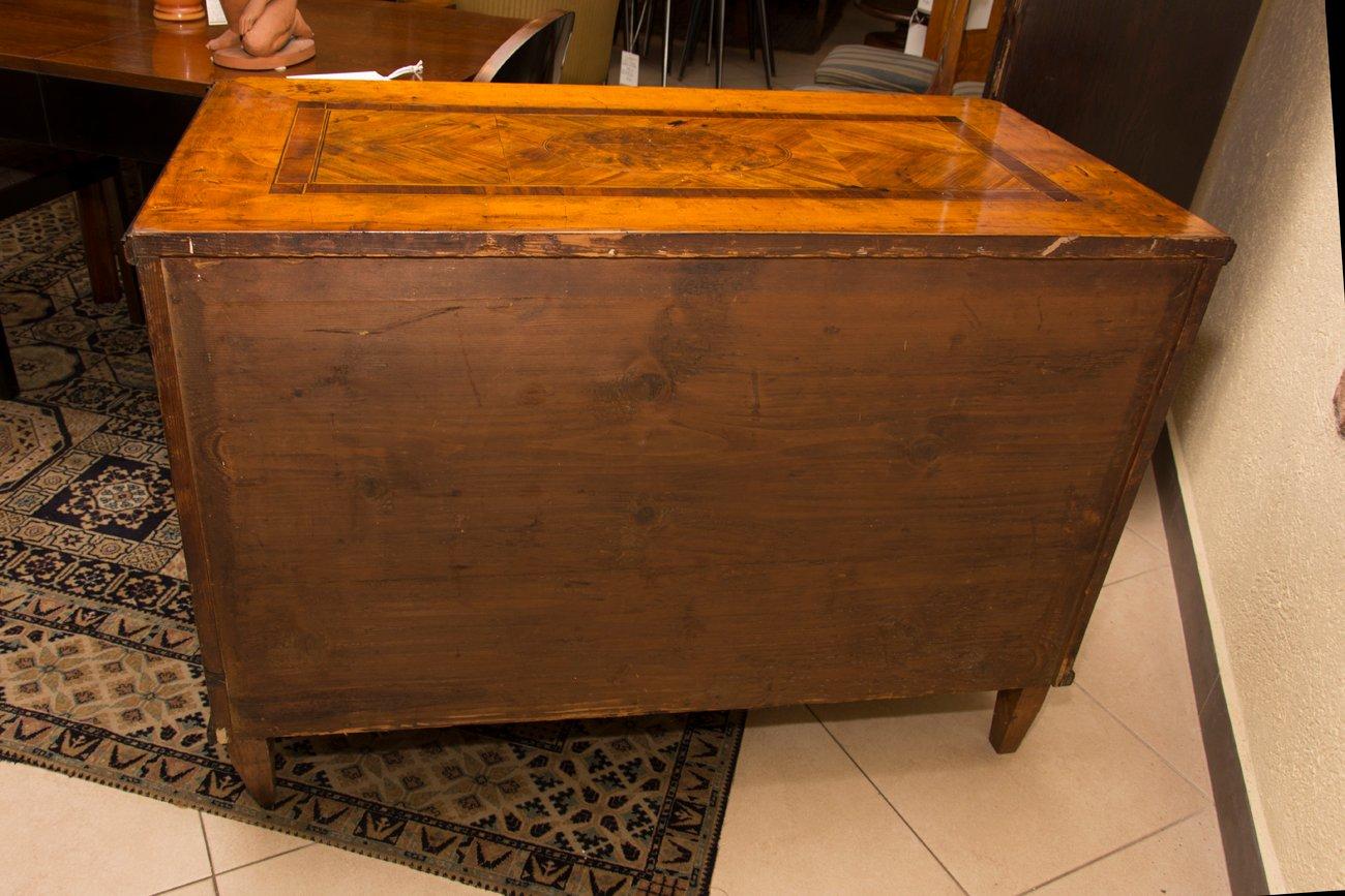 Antike klassizistische kommode 1830er bei pamono kaufen for Antike kommode