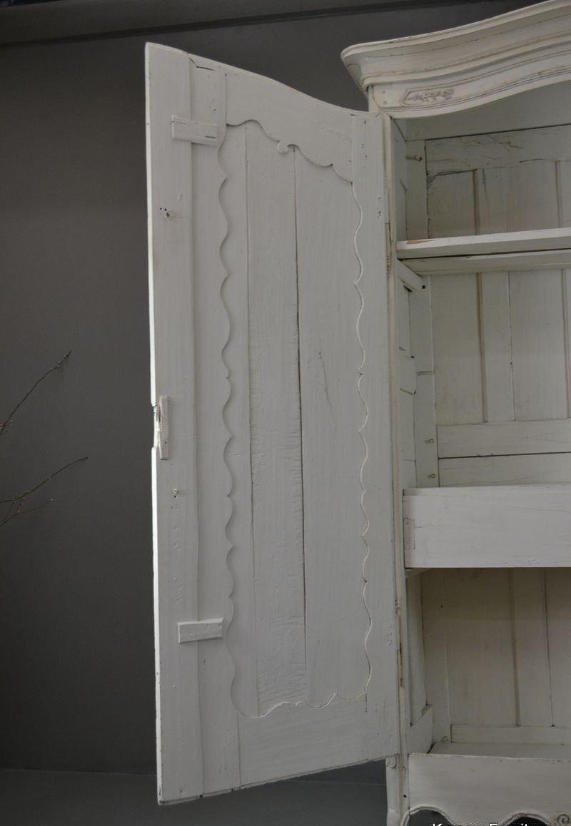 antiker gro er franz sischer wei er schrank bei pamono kaufen. Black Bedroom Furniture Sets. Home Design Ideas