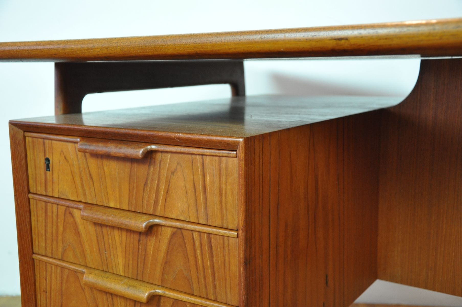 Mid Century Desk Model 75 from Omann Jun for sale at Pamono